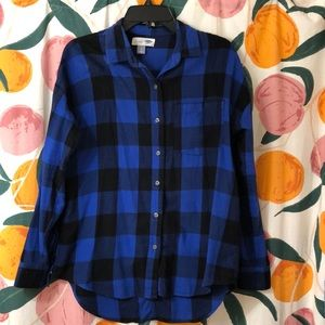 Women's button up flannel